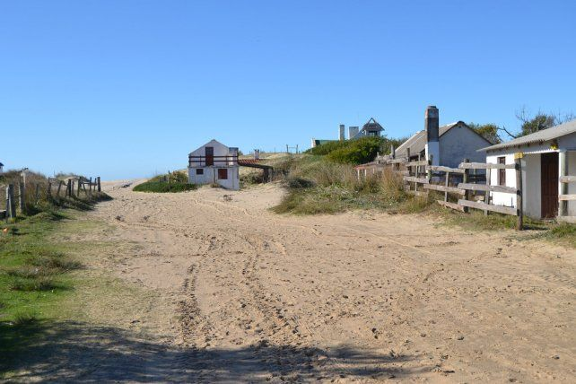 Uruguay: una joven fue violada por tres hombres en un camping
