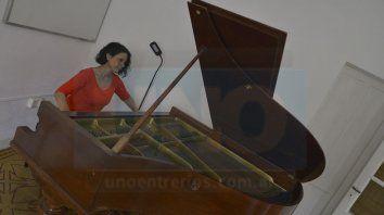 Sello propio. Aunque el piano no es un instrumento tradicional de la música del Litoral, Teijeira supo abrirse paso en el medio con arreglos únicos y composiciones propias.