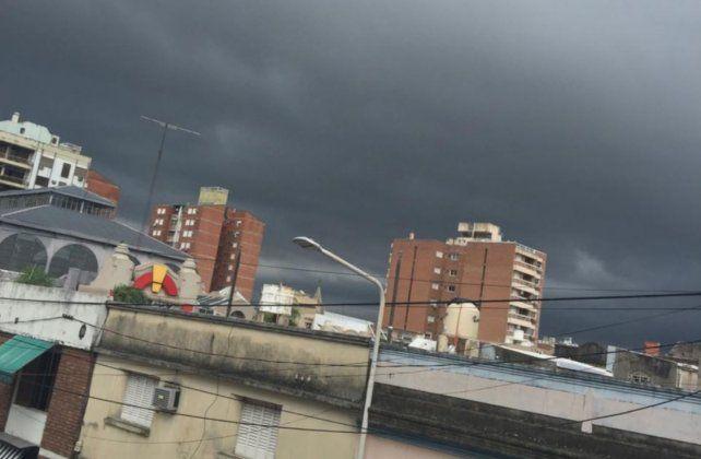 Continúa el alerta por tormentas fuertes