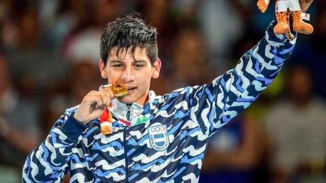La esperanza del boxeo argentino al ejército para seguir triunfando