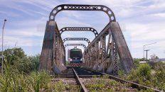 el viaje en tren en el tramo parana - colonia avellaneda, en fotos