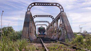 El viaje en tren en el tramo Paraná - Colonia Avellaneda, en fotos