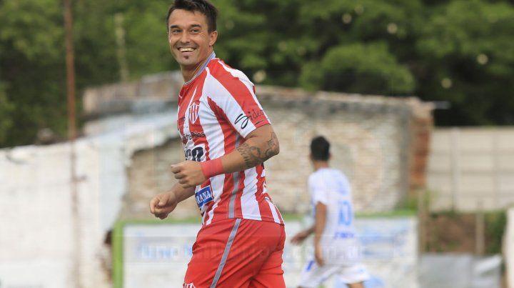 Experiencia. Sangoy habló de su recorrido dentro del fútbol y de los próximos desafíos que tendrá el equipo paranaense.