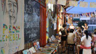 Espacio. La Biblioteca Pedro Lemebel lleva años instalada en el barrio El Sol