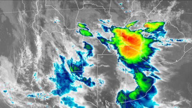Aviso a corto plazo por tormentas fuertes para una amplia franja de Entre Ríos