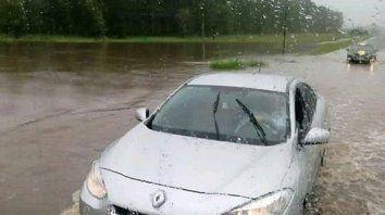 realizan mantenimiento sobre la red vial afectada por las lluvias
