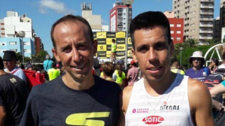 El paranaense junto al maratonista Mariano Mastromarino