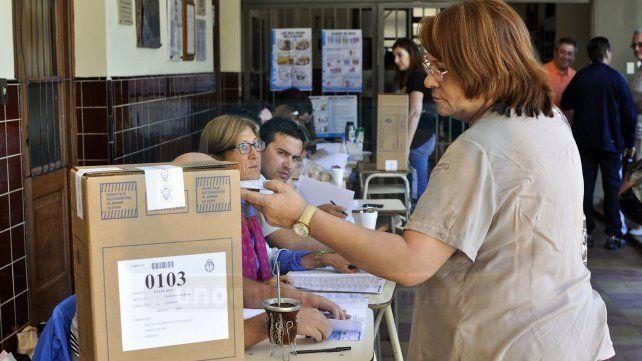 Votación. Habrá saturación electoral en 2019 a raíz del desdoblamiento en casi todas las provincias.