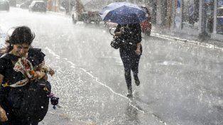 La lluvia no da tregua: Rigen dos alertas para Entre Ríos y la región