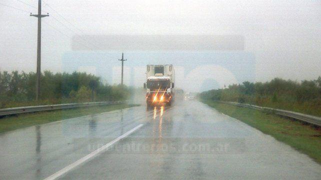 Lluvias: No hay cortes de rutas pavimentadas en Entre Ríos
