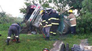 Tragedia vial en ruta 11: Madre e hijo fallecieron tras volcar el automóvil en el que se trasladaban
