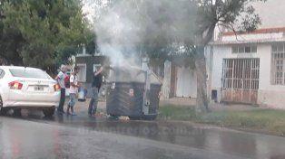 Otro contenedor quemado: y van...