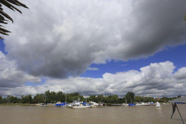 La nubes se adueñaron del cielo en Paraná en las últimas semanas.