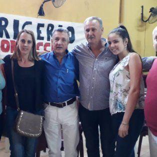 Candidato en Tala. Kachizky en el centro, a la izquierda de Juan Domingo Zacarías.