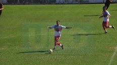 Dio batalla. Tomás Spinelli encontró continuidad en la alineación titular en los últimos siete encuentros que disputó Atlético Paraná.