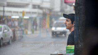 Intenso aguacero y fuertes tormentas en varias zonas de Entre Ríos