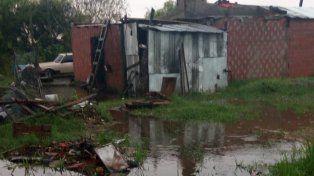 El municipio de Paraná asiste a familias afectadas por las lluvias