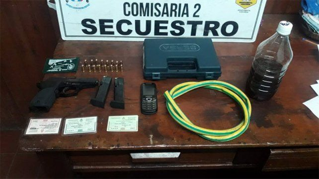 Secuestros. El hombre acusado fue detenido por tener un arma con la documentación vencida.