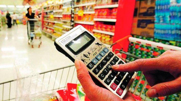 Eliminan hasta fin de año el IVA para gran parte de los alimentos