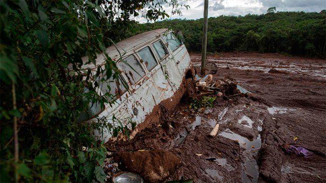 Alerta por peligro inminente de rotura de otro dique minero en Brasil