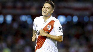 Es baja. El jugador colombiano padece una tendinitis en su pierna izquierda y no jugará ante el Tomba en un match pendiente de la Superliga.