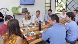 Encuentro. Bordet se reunió con los jóvenes empresarios en el espacio Encuentro Emprendedor.