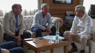 El diputado Vitor y el intendente de visita en lo de Frigerio.