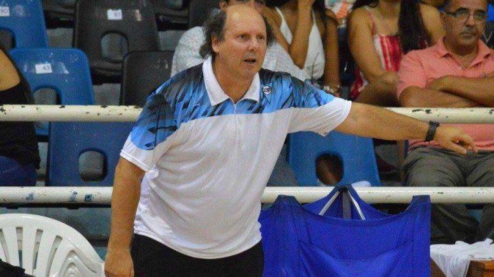 Oscar Bonell es el flamante entrenador de Echagüe