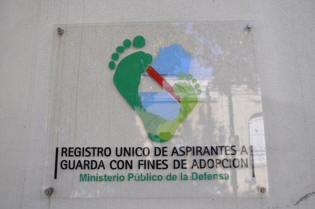 Abrió la primera inscripción del año para el Registro de Adoptantes