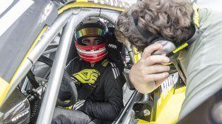 Primeros pasos. El hijo del Gurí, Agustín Martínez, hace su debut absoluto este fin de semana en autos con techo.