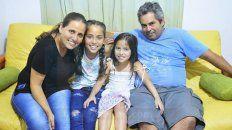 Familia de guerreros. Lucrecia, Zoe, Dulce y Matías celebran la vida cada día.