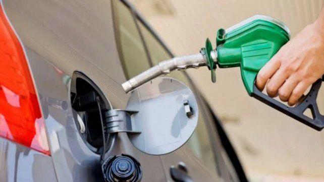 Shell aumentó un 2% el precio de sus combustibles
