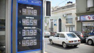 YPF siguió el camino de Shell y aumentó sus naftas un 1,7%