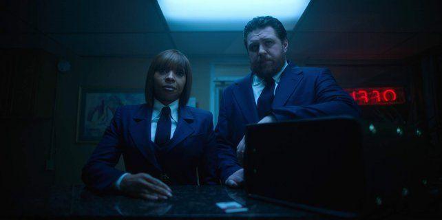 Netflix apuesta fuerte a una extraña familia de superhéroes disfuncionales
