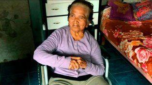 Intiman con orden judicial a 14 hijos a visitar a su madre de 84 años