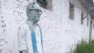 Despropósito. La figura del sacerdote había sido abandonado en una dependencia del municipio.