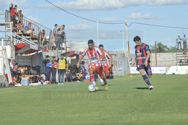 Atlético Paraná sigue sin poder ganar en la Reválida