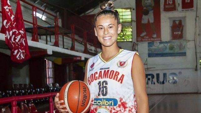 La jugadora surgida en Club Almafuerte fue convocada para participar de la Academia CABB.