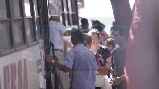 El municipio intimará a Buses Paraná por la reducción de unidades y horarios del transporte público