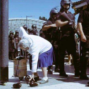 Golpearon y arrestaron a dos reporteros gráficos durante una protesta