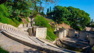 La reconstrucción del anfiteatro Santángelo se ejecuta con distintos frentes de obras simultáneos