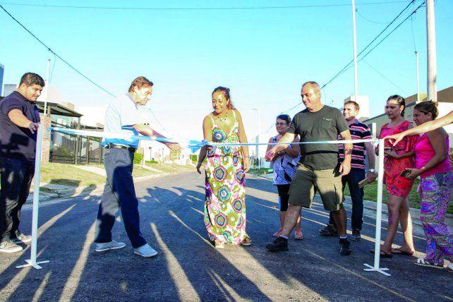 Pavimentaron la calle que rinde homenaje al Flaco Spinetta en Paraná
