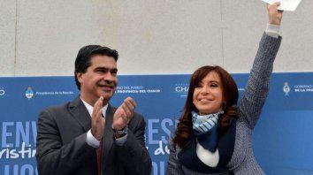 Capitanich y Cristina en un acto de campaña cuando era gobierno.