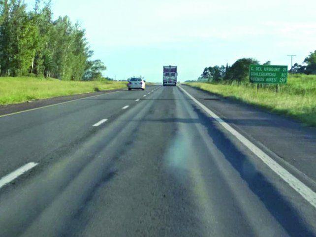 La autovía 14 a 15 kilómetros de Concepción del Uruguay.