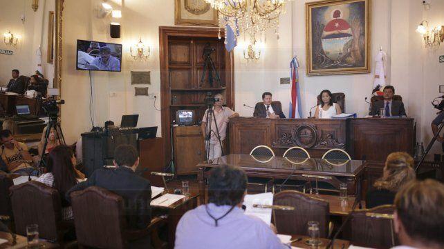 El proyecto de aumento del boleto de colectivos se debatirá en comisión