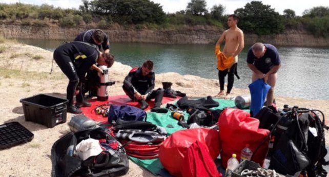 Hallaron el cuerpo sin vida del adolescente que desapareció en una cantera inundada