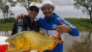 Rodrigo Mora disfrutó su pasión por la pesca en Villa Urquiza