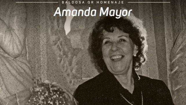Colocarán baldosas con código QR para recordar a la artista Amanda Mayor