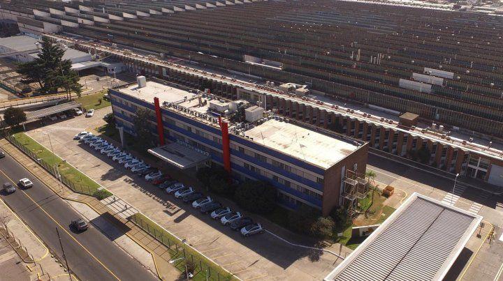 Peugeot suspendió a 2.000 empleados por la caída en las ventas