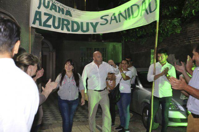 El ingreso de los candidatos de la lista Verde N° 48.